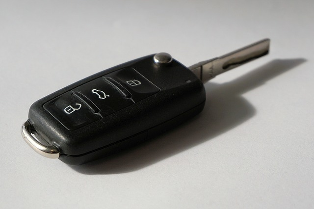 Car key replacement services transponder computer chip key
